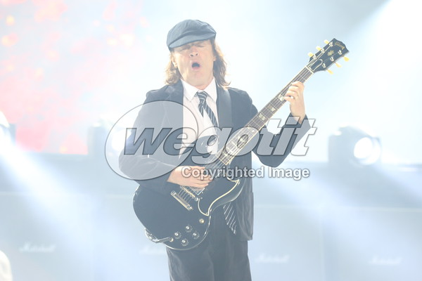 AC/DC 14-MAY-2015 @ Beim Red Bull Ring, Spielberg, Austria © Thomas Zeidler
