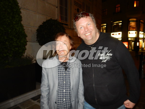 AC/DC & Axl Rose arriving in Vienna 17-MAY-2016 @ Hyatt Plaza Hotel, Vienna, Austria © Thomas Zeidler