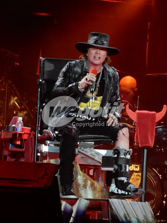 AC/DC & Axl Rose 19-MAY-2016 @ Ernst Happel Stadion, Vienna, Austria © Thomas Zeidler