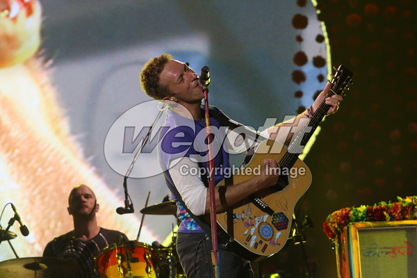 Coldplay 24-MAY-2016 @ Stadion Charles Ehrmann, Nice, France © Thomas Zeidler