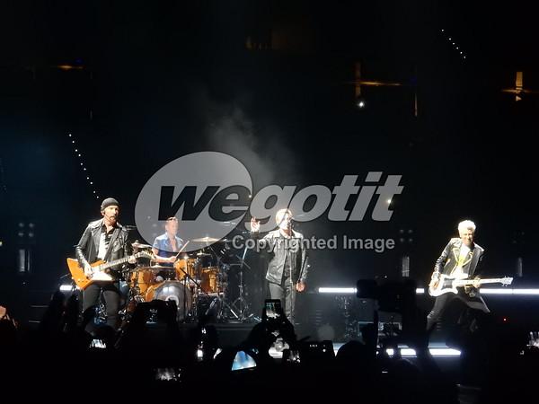 U2 04-SEP-2015 @ Pala Alpitour, Torino, Italy © Thomas Zeidler