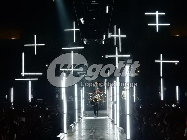 U2 05-SEP-2015 @ Pala Alpitour, Torino, Italy © Thomas Zeidler