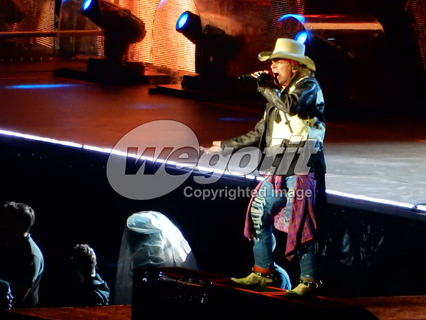 Guns N' Roses  07-JUN-2017 @ Letzigrund Stadion, Zurich, Switzerland © Thomas Zeidler